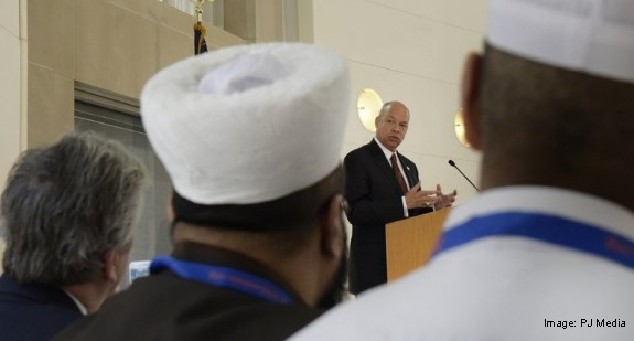 DHS Secretary Jeh Johnson and UN CVE symposium participants